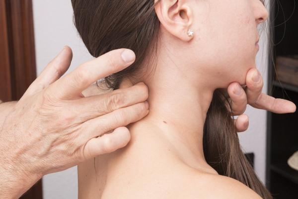 Czym jest i jak się objawia polimialgia reumatyczna?